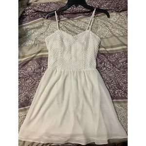 White Candie's dress